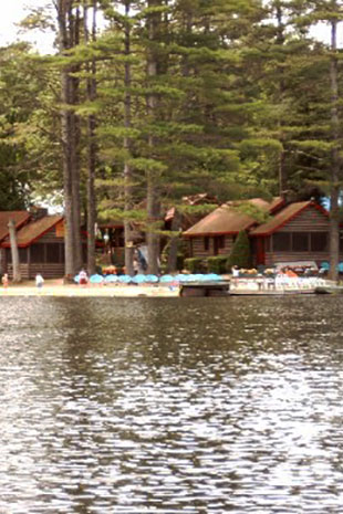 Lake Luzerne S Beautiful Motel Amp Cottages Pine Point