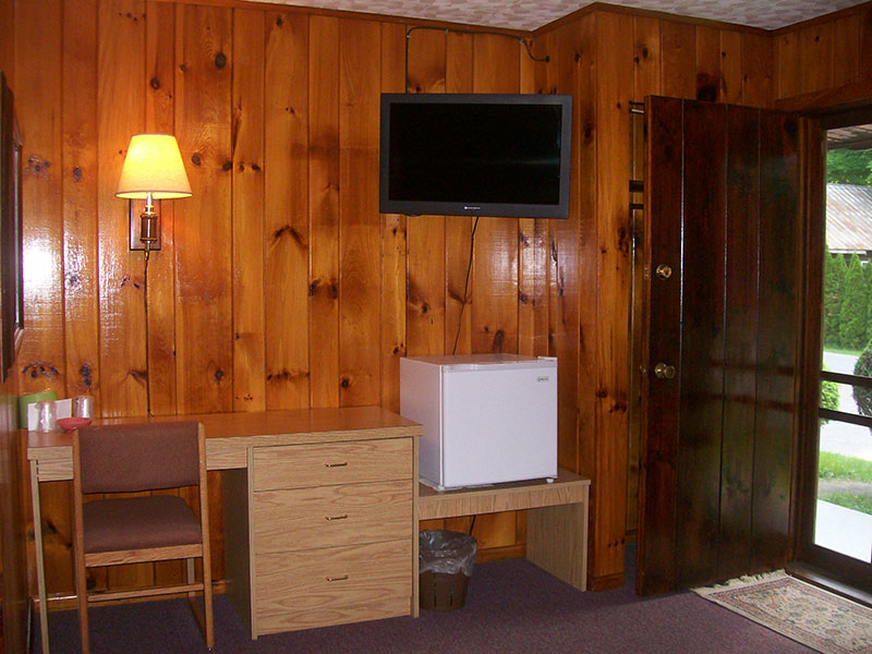 Lake Luzerne Motel